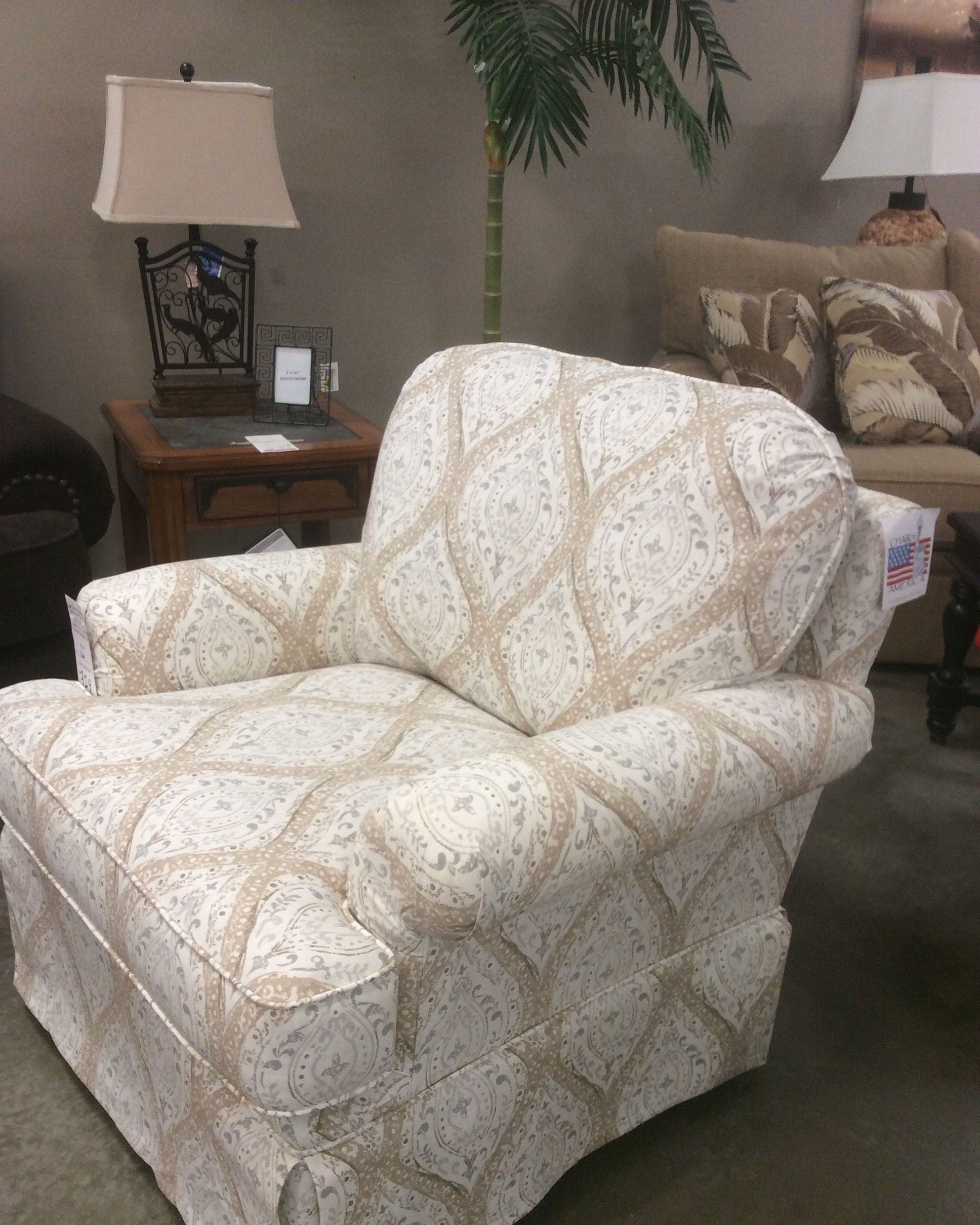 Best Attention We Have A New Affordable Accent Chair Company 640 x 480