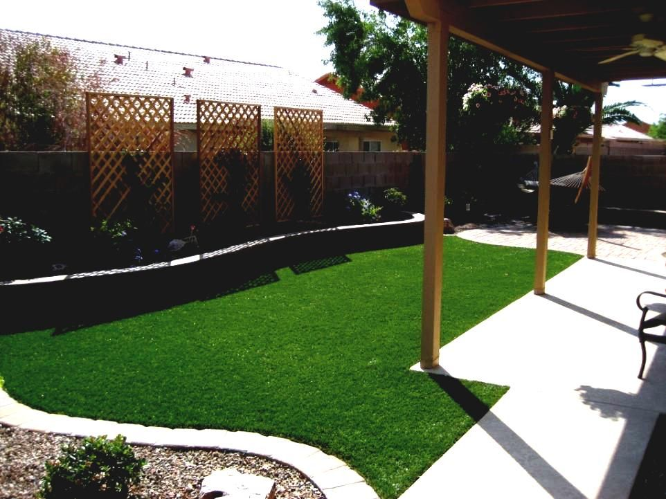 Small backyard ideas no grass cheap landscaping with for Cheap back garden designs