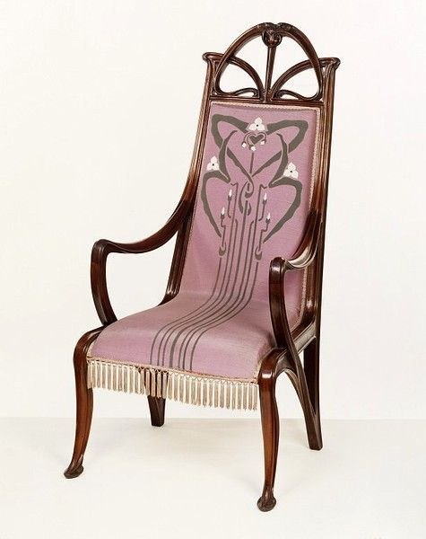 Armchair with slender plant-frond frame and Art Nouveau upholstery by Louis Majorelle (1899-1900).   Image: Victoria and Albert Museum
