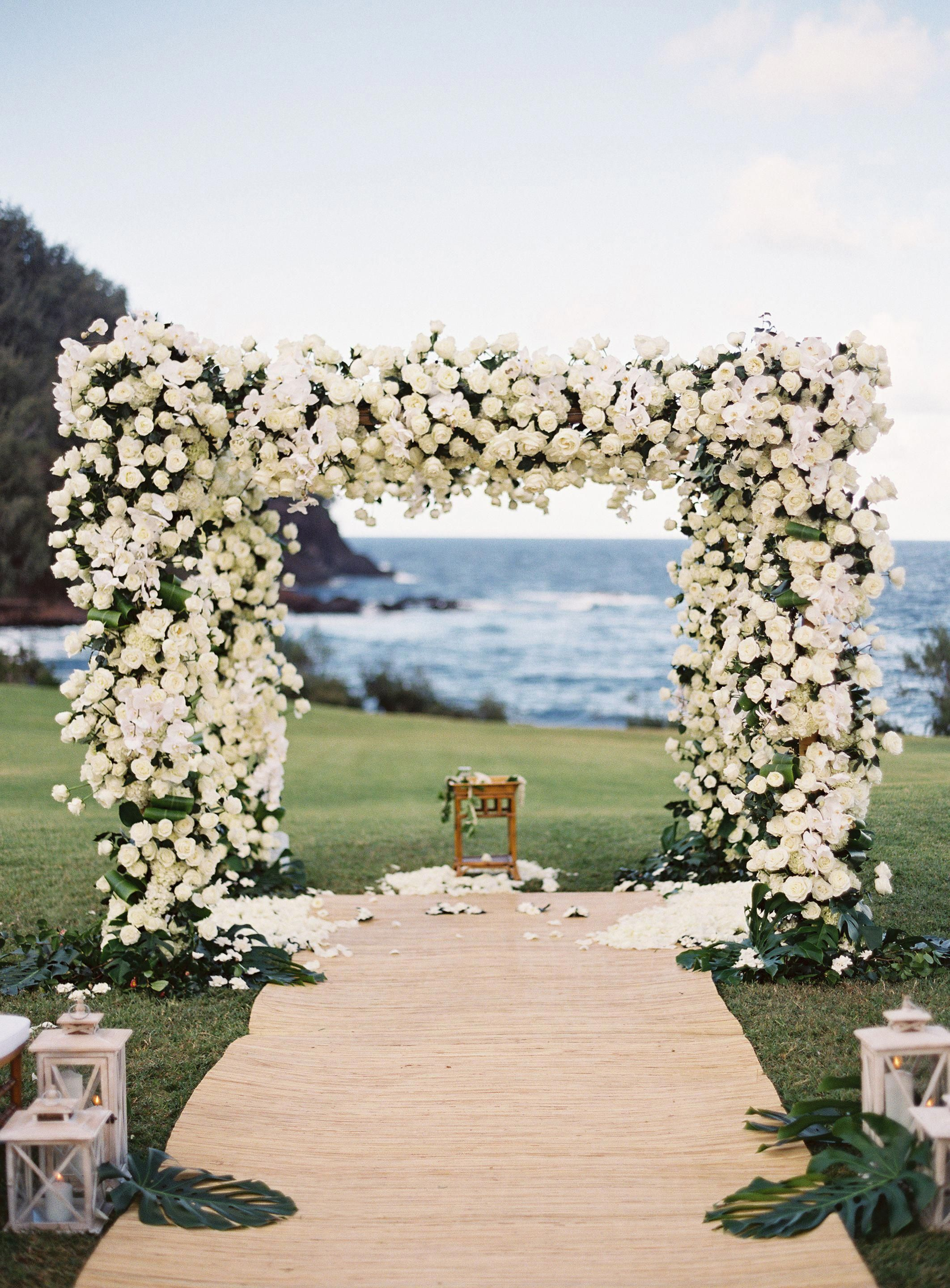 Omg Square Arch Looks Like The Future S On The Other Side Florals Floraldesign Weddingideas Wedding Wedding Venues Hawaii Outdoor Wedding Wedding Arch