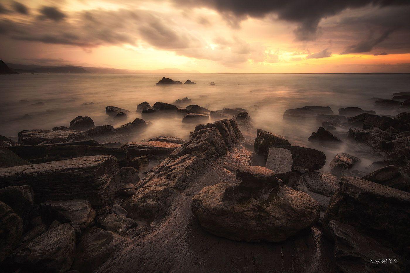 Sunrise colors  Landscapes photo by juanjobasurto2 http://rarme.com/?F9gZi