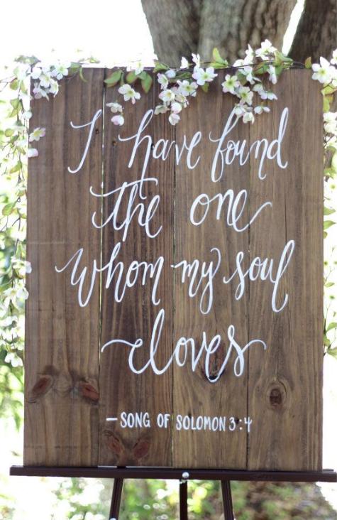 Letreros Para Bodas Bogota 2020 In 2020 Rustic Wooden Wedding Signs Rustic Wedding Signs Wooden Wedding Signs