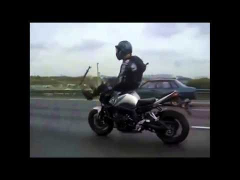 Popisy na motocyklu w Rosji