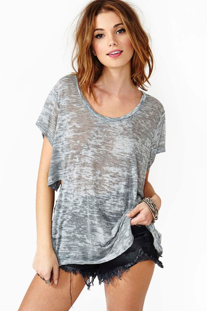 Slash Tee in Gray