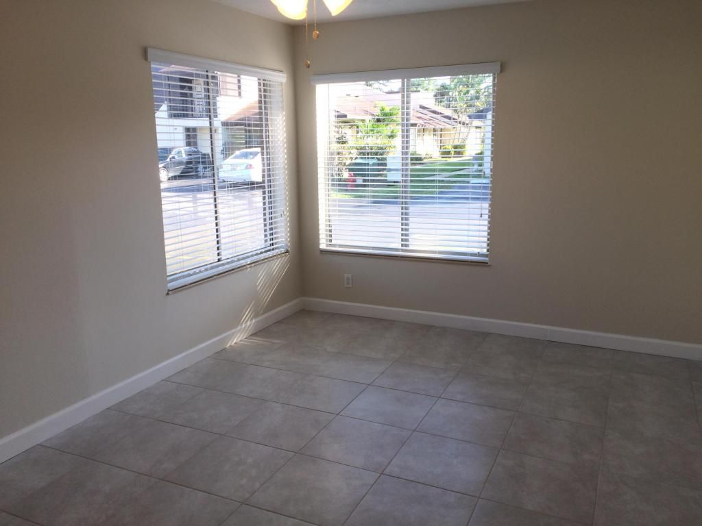 Newly renovated 2 bedroom, 1 bathroom, 1 garage in central West Palm ...