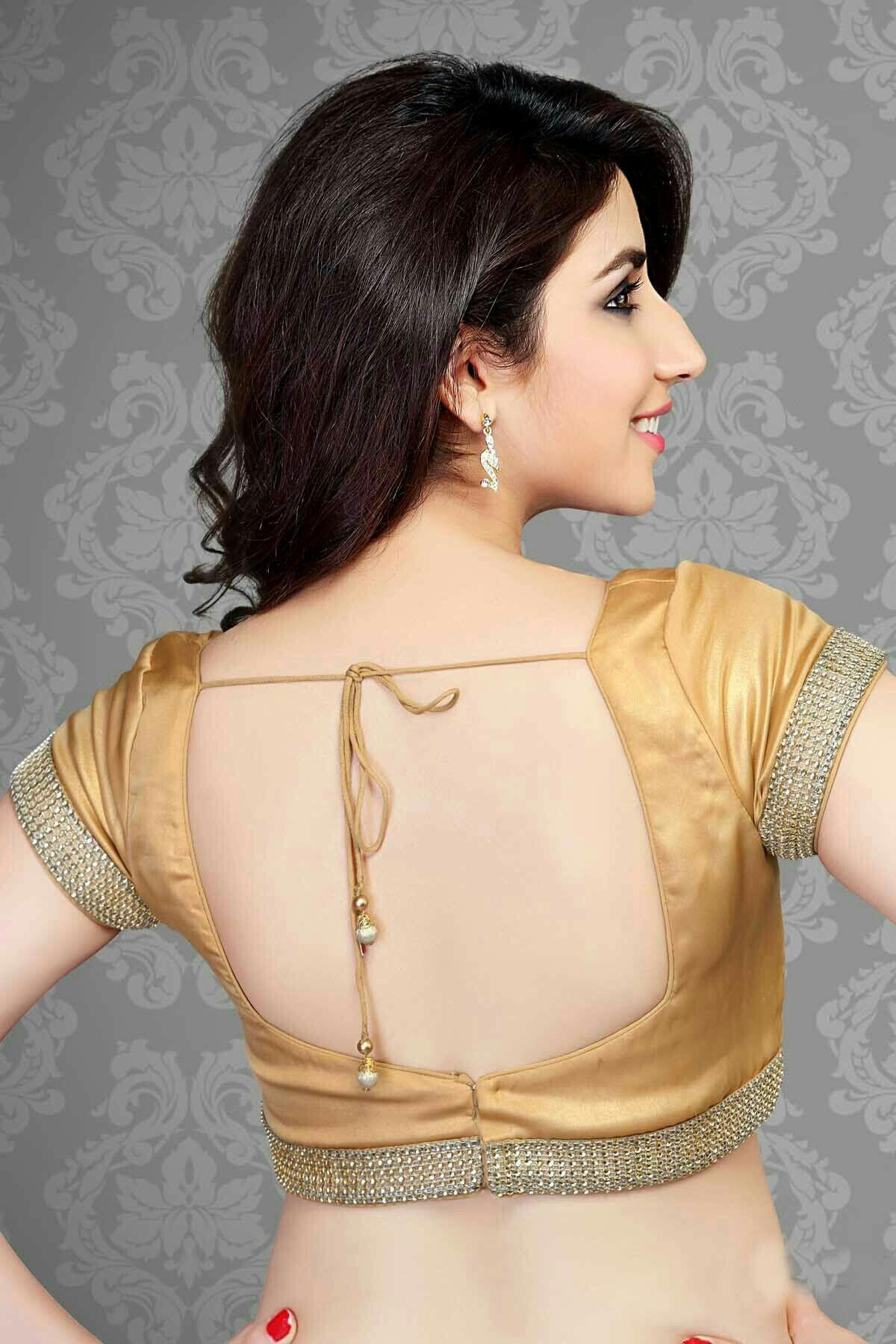 Hit hot backside beauty 😍💃 | Blouse designs, Blouse, Saree ...