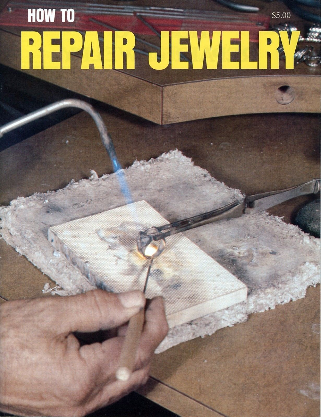 How to Repair Jewelry Fix Broken Chains Replace Lost Parts