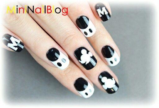 Mickey Mouse Nails Mickey Mouse Nail Art Mickey Nails Mickey