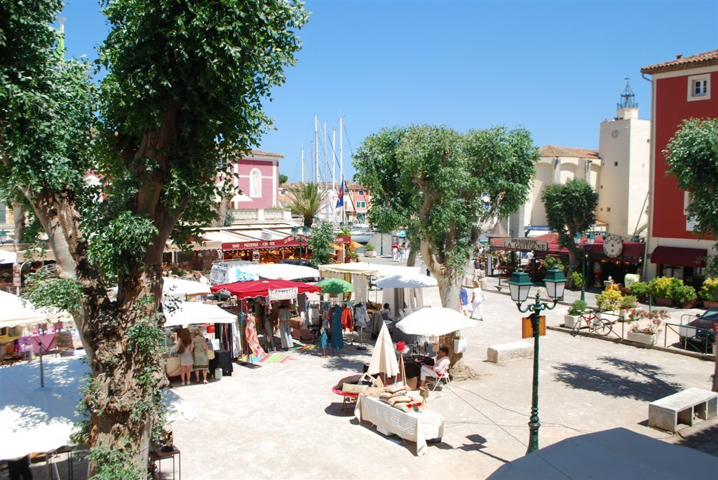 Port Grimaud Market Memories Pinterest Destinations And France - Port grimaud location