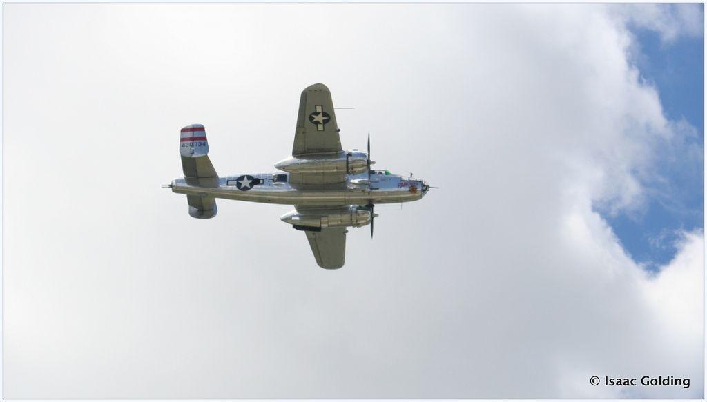 B-25 Bomber Panchito - Pho·to·gra·phy