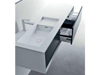 Mueble bajo lavabo lacado suspendido de madera con cajones for Bajo gabinete tocador bano de madera