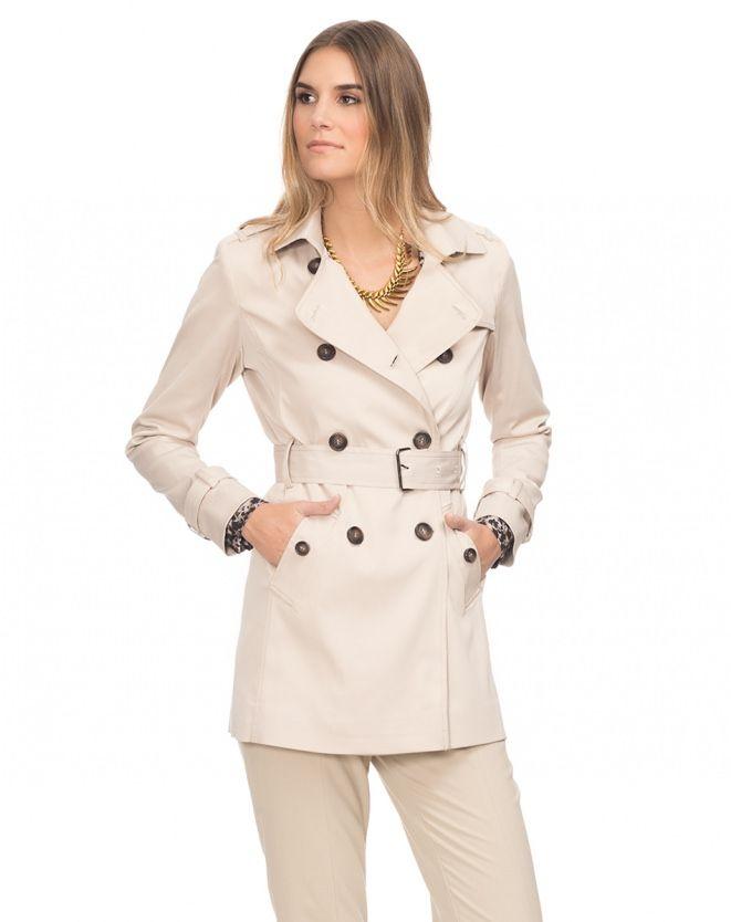 55c36f24c7 Trench coat london breeze