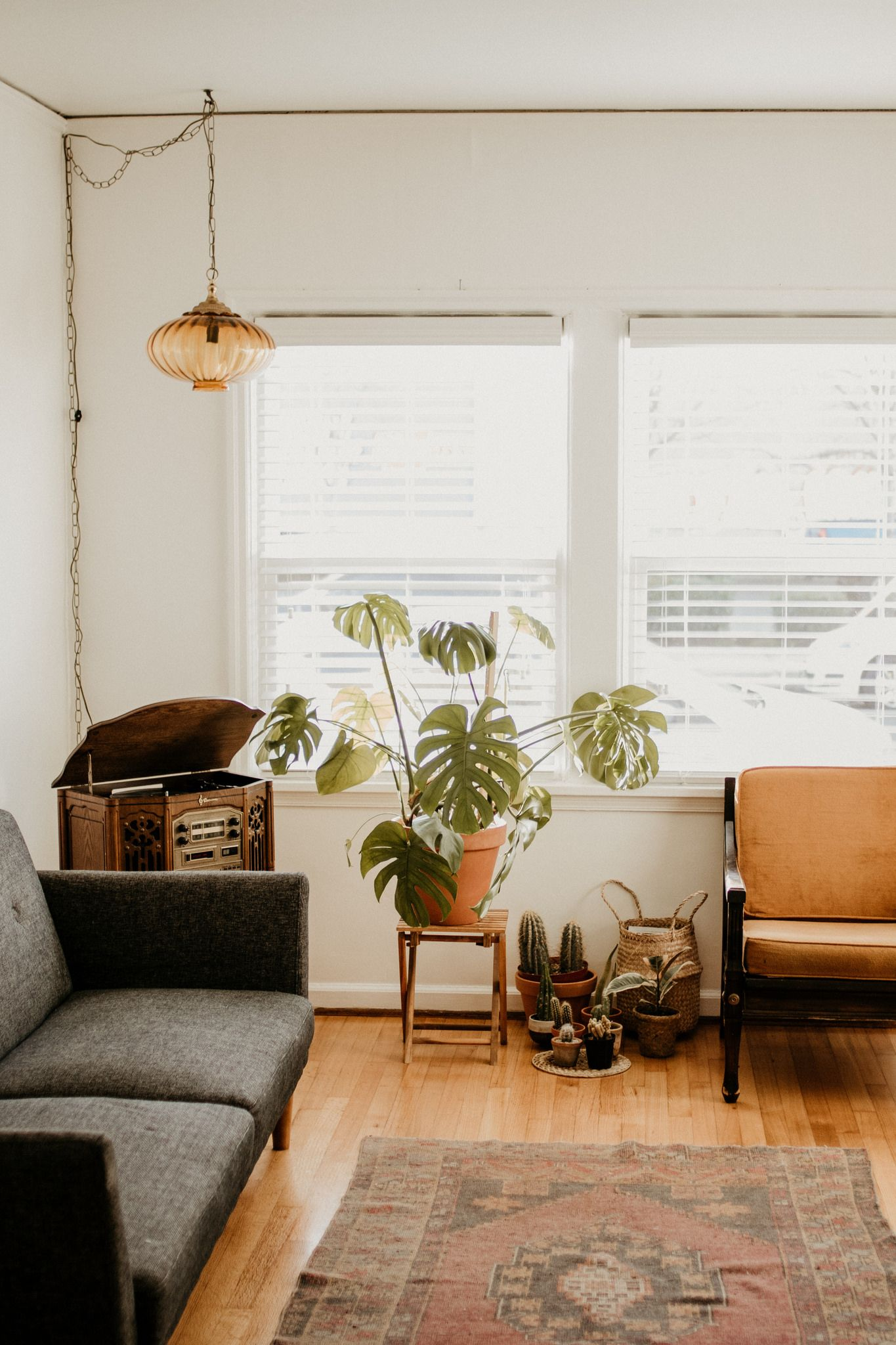 How  decorated my living room on  budget interiordesign decor boho modern also best space images future house futura casa rh ar pinterest