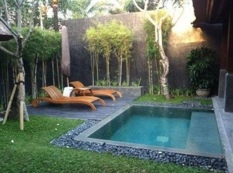Jardines peque os 70 fotos e ideas patios en 2019 for Fotos de piscinas en patios pequenos