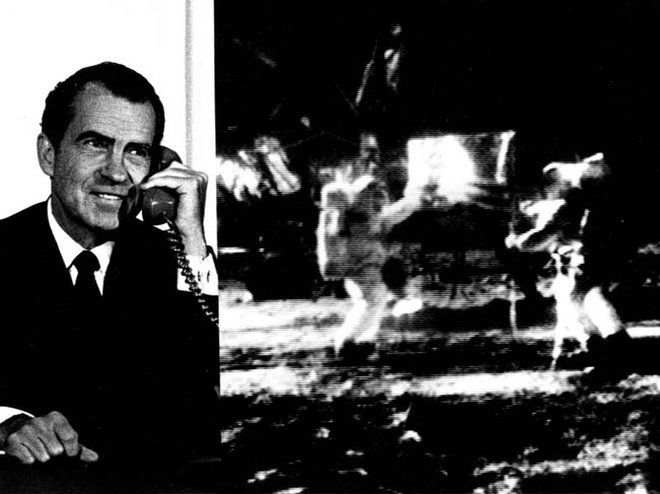 Nixon Calls Apollo 11 Moonwalkers