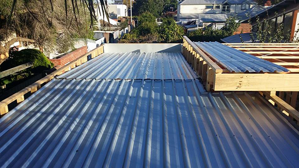 Best Flat Roof Deck Roof Plumbing Work In Melbourne Leading 400 x 300