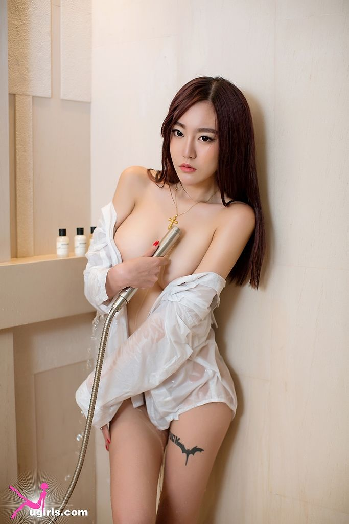 nude big butt school girl