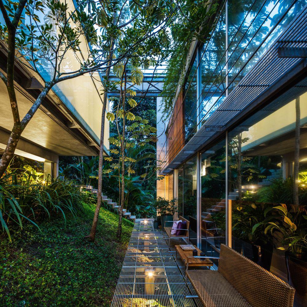 Gallery of Ubatuba House II / SPBR Arquitetos - 2