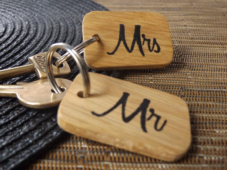 Mr mrs wooden keyring set wedding anniversary and weddings
