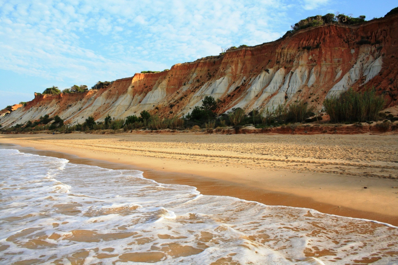 plage-portugal-praia-falesia-e1438787442568.jpg 2480×1654 píxeis