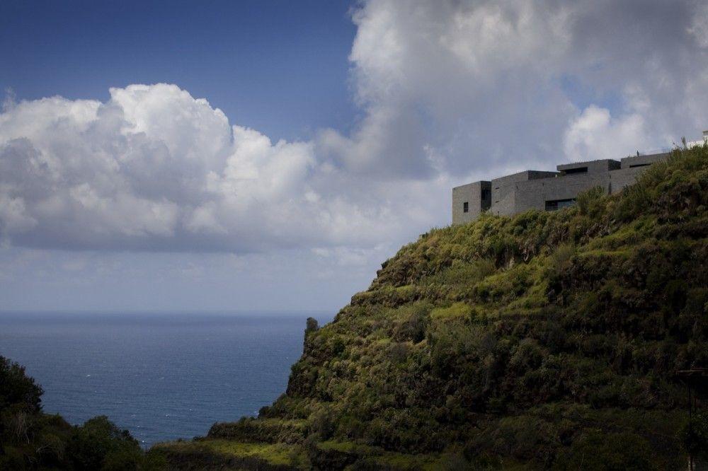 Arts Centre - Casa das Mudas by Paulo David (Vale dos Amores, Calheta, Madeira, Portuga)