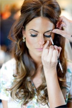Beauty Inspiration: A soft and romantic wedding day look via Wedding Chicks. Hair: Jaime Doski of Palazzolo Salon at the Fifth Makeup: Tammara Lomedico Photography: Durling Photography #make up #searchub