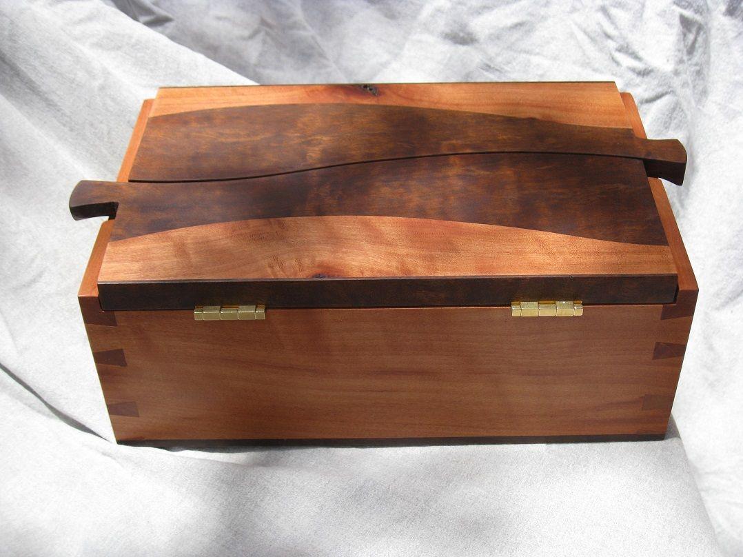 Z\'s Wedding Box - Reader\'s Gallery - Fine Woodworking