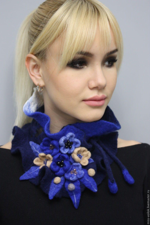 """Купить Шарф из шерсти """"Голубая акварель 2"""" (валяние) - синий, подарок девушке, украшение на шею"""