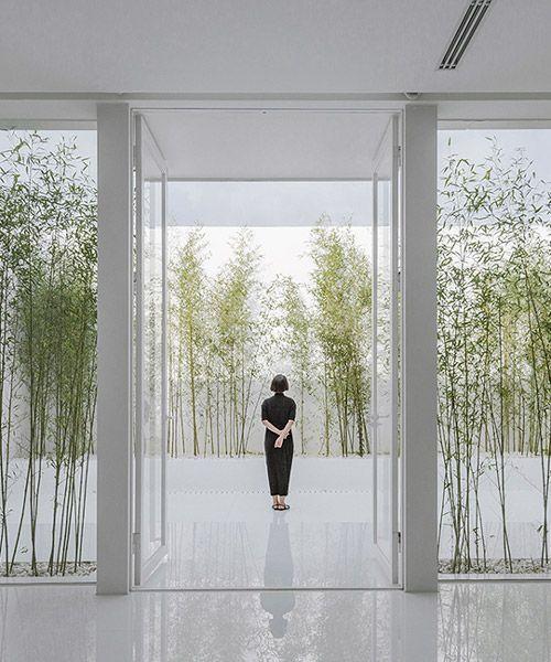 v studios rooftop bamboo garden sits atop a busy chinese shopping mall v studios rooftop bamboo garden sits atop a busy chinese shopping mall
