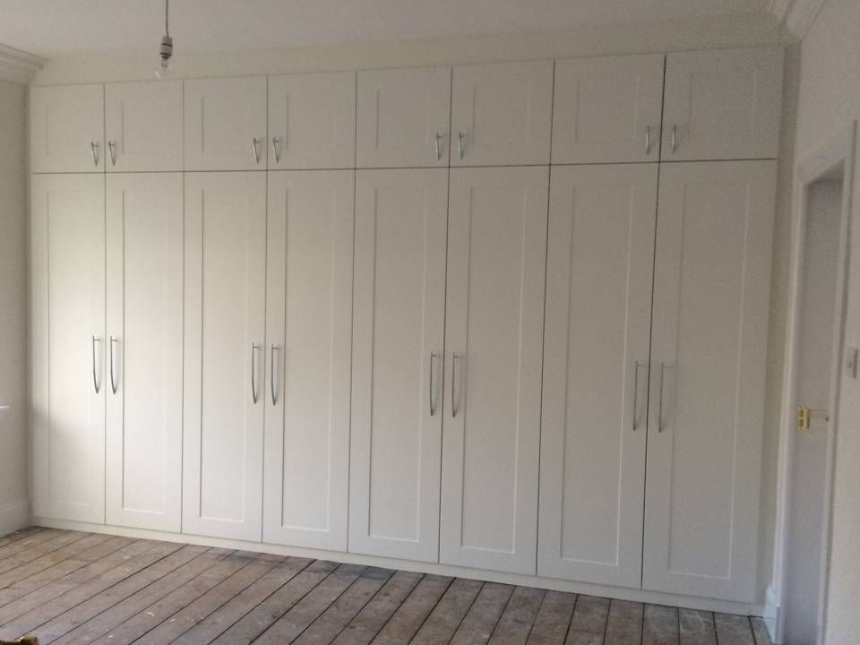 Le Garage De Garderobe.Made To Measure Bedroom Wardrobes To Fit Extra High Ceiling