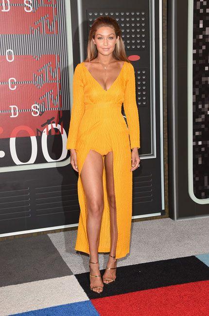 2015 VMA Red Carpet Arrivals: Gigi Hadid  wears Emilia Wickstead