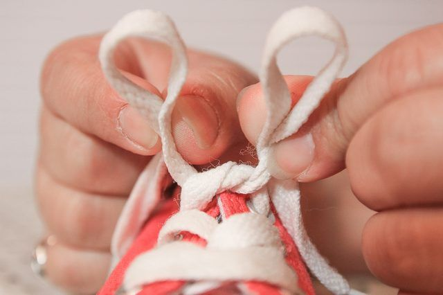 How to tie your shoes step by step for kids with pictures ehow how to tie your shoes step by step for kids ccuart Gallery