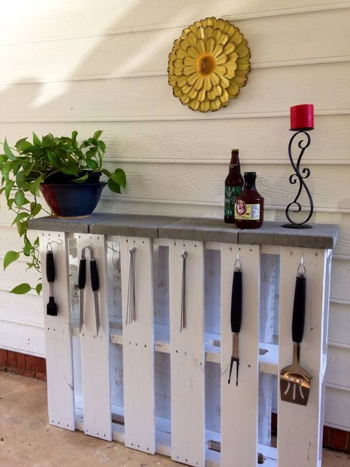 how to make outside furniture out of pallets