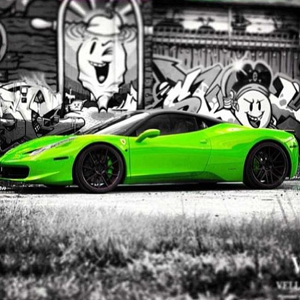 Awesome photography for this eye catching Magic Green Ferrari!