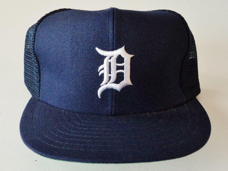 1a01851014d Vintage Detroit Tigers Mesh Deadstock Snapback Hat MLB VTG by  StreetwearAndVintage on Etsy
