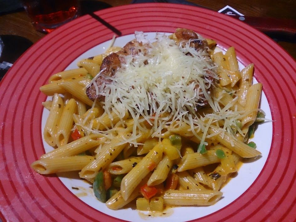 Where Tgi Fridays Eat Cajun Cream Chicken Penne Penne Pasta In A