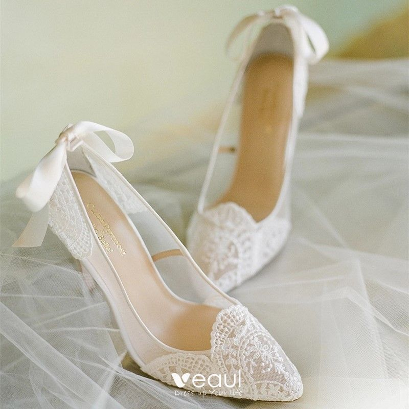 Elegant Ivory Lace Wedding Shoes 2020 Bow 6 Cm Stiletto Heels Pointed Toe Wedding Pumps In 2020 Wedding Pumps Bridal Pumps Wedding Shoes
