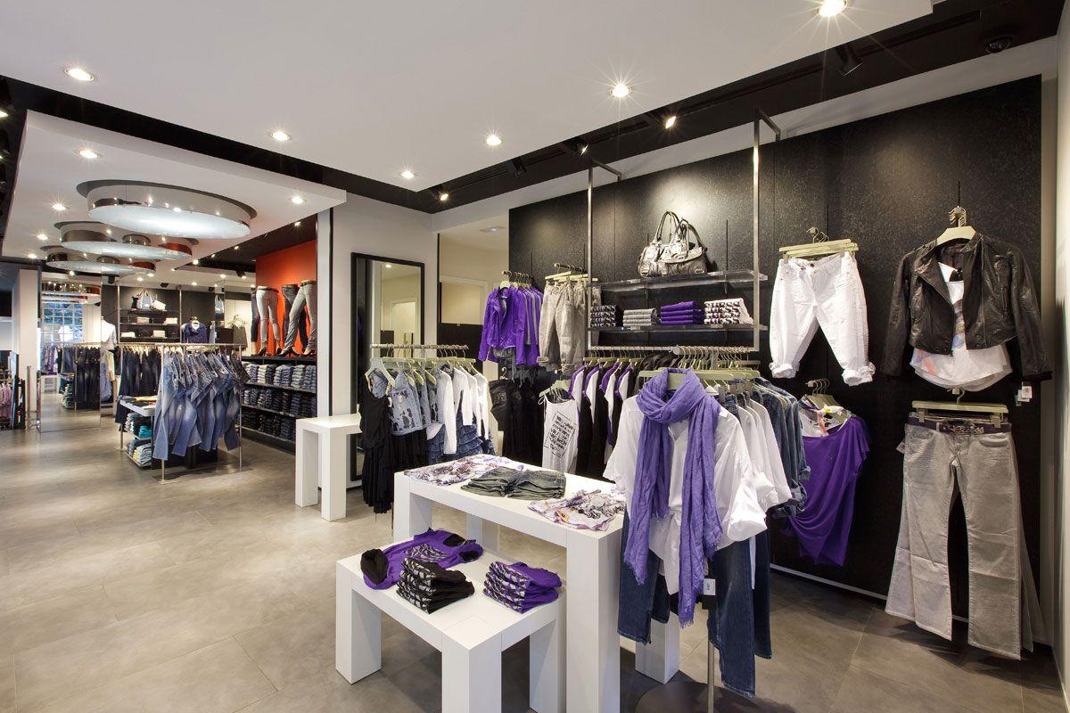 Tienda de ropa con un toque de glamur ya que tienes for Combinacion de colores para interiores