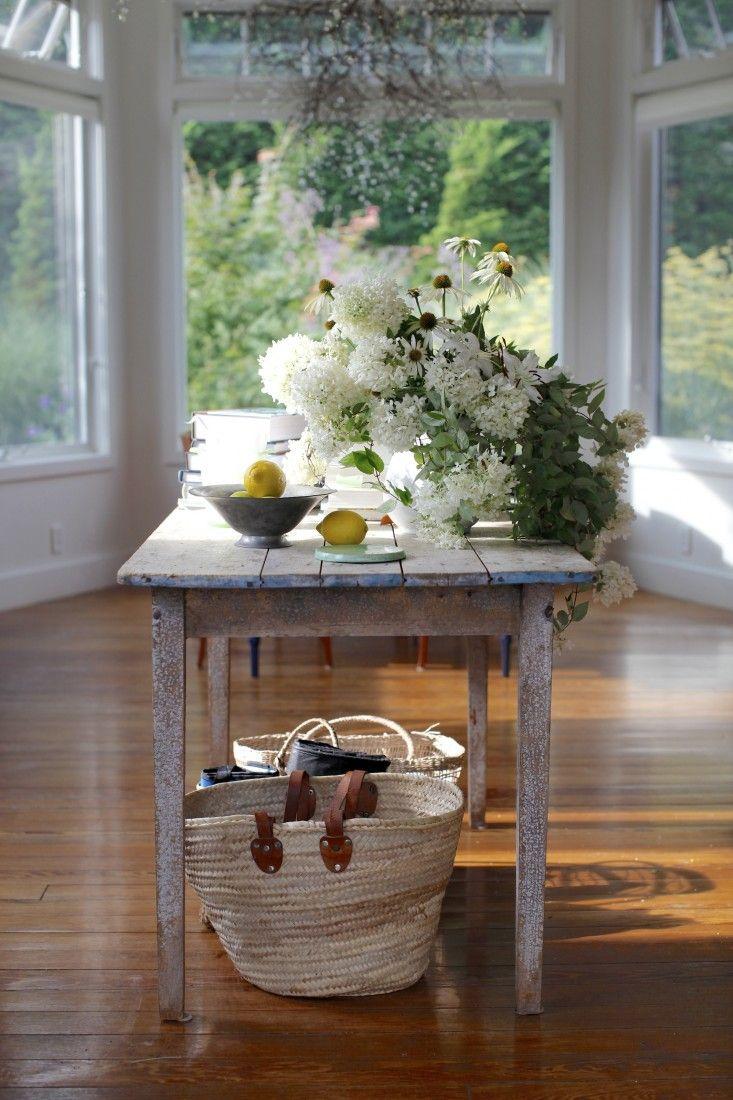 Woven Baskets // Sun room // Gardenista // Large Windows // Tablescape // Home Decor