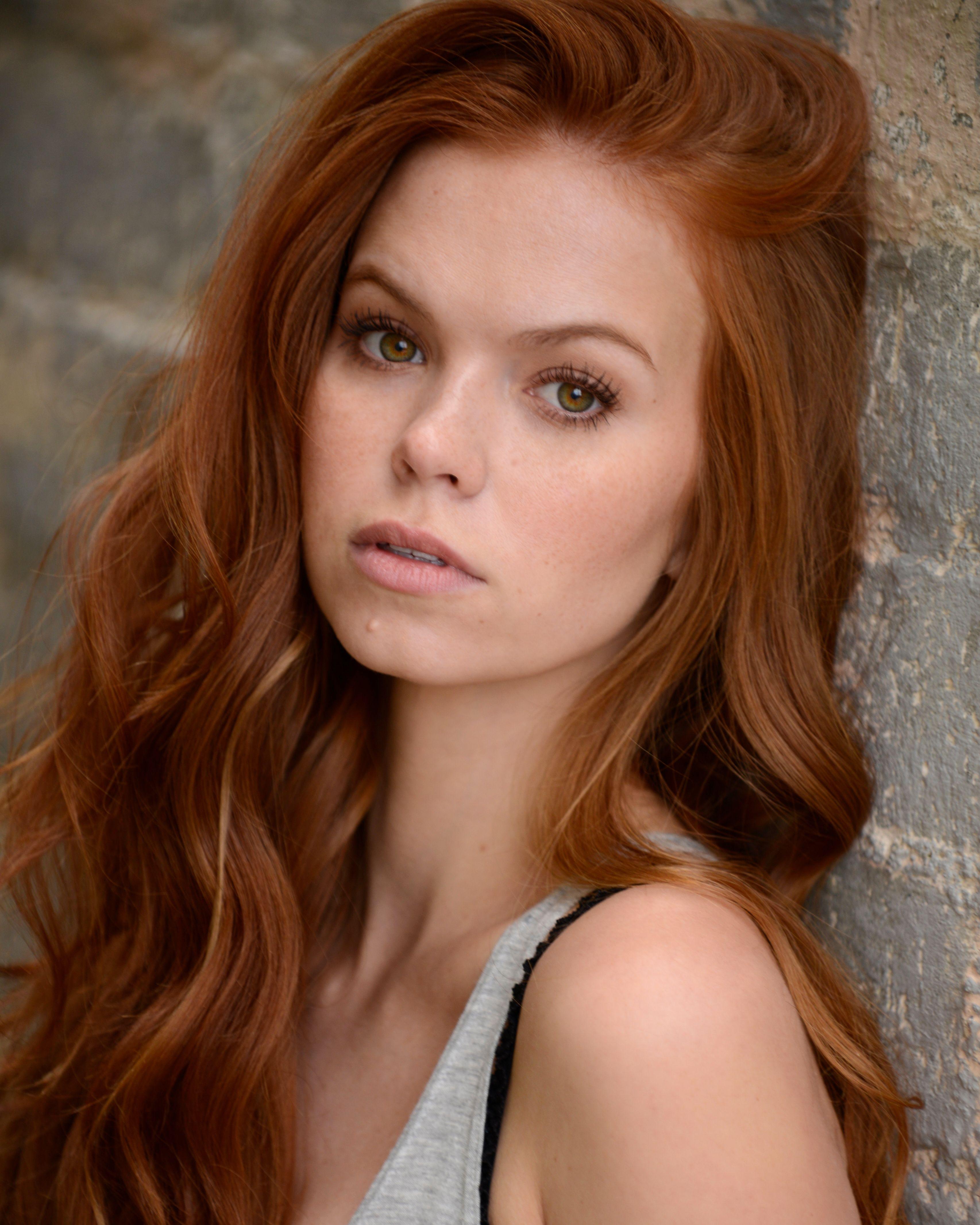 Gorgeous natural redhead