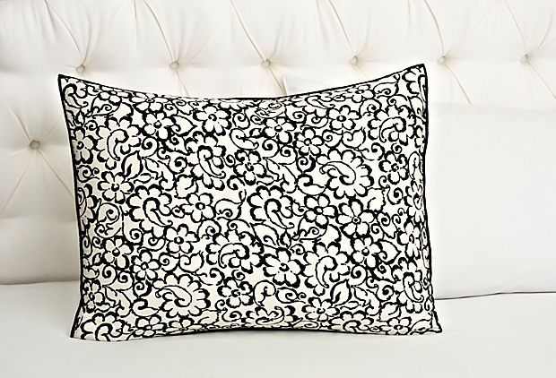 Loving this French-inspired floral paisley  pattern that is on some Vera Wang Bedding...