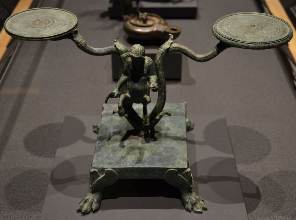 A Day in Pompeii ~ Decorative Double Lamp Stand