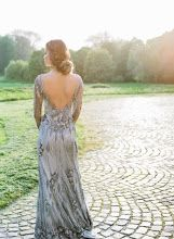 Dream Wedding Gown! Stunning, Beautiful, & UniqueWedding Dress - find morewedding inspiration & ideas from My Best Friend's Wedding. www.my-best-friends-wedding.com