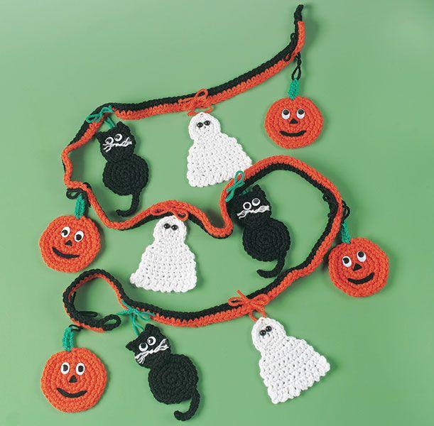 Free crochet pattern for Halloween garland | Halloween/Fall crafts ...
