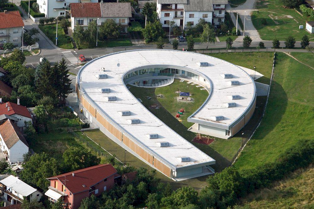 Segrt Hlapic Kindergarten Radionica Arhitekture Arch2o Com Kindergarten Design School Architecture Architecture Project