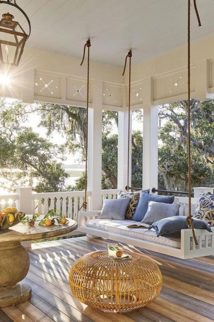 13 Gorgeous And Inviting Farmhouse Style Porch Decorating Ideas 10 Southern Living Homes White Houses Home Decor