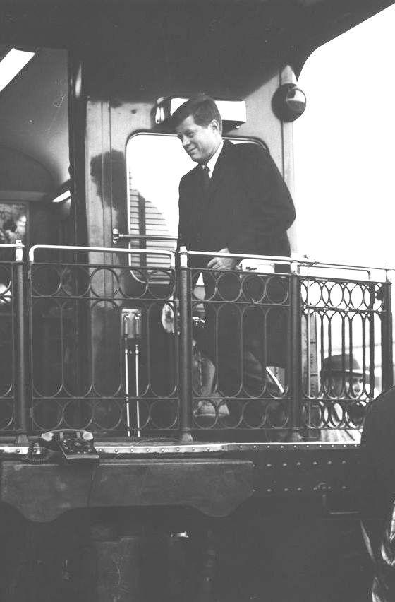 1960: Jack's campaign train.