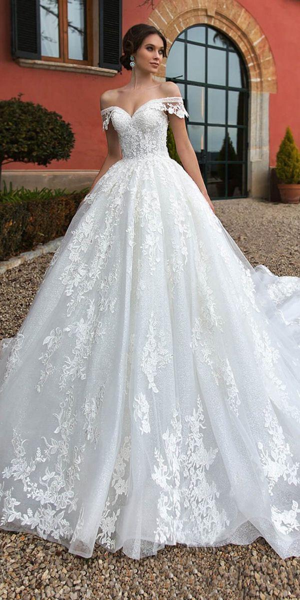 Photo of Wunderschöne Tüll Off-the-Shoulder-Ausschnitt Ballkleid Brautkleider mit Perlen & Spitzenapp…
