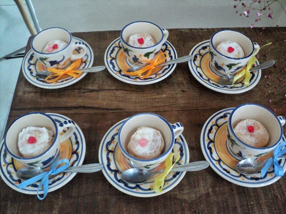bem casado na xícara (mesa do café)