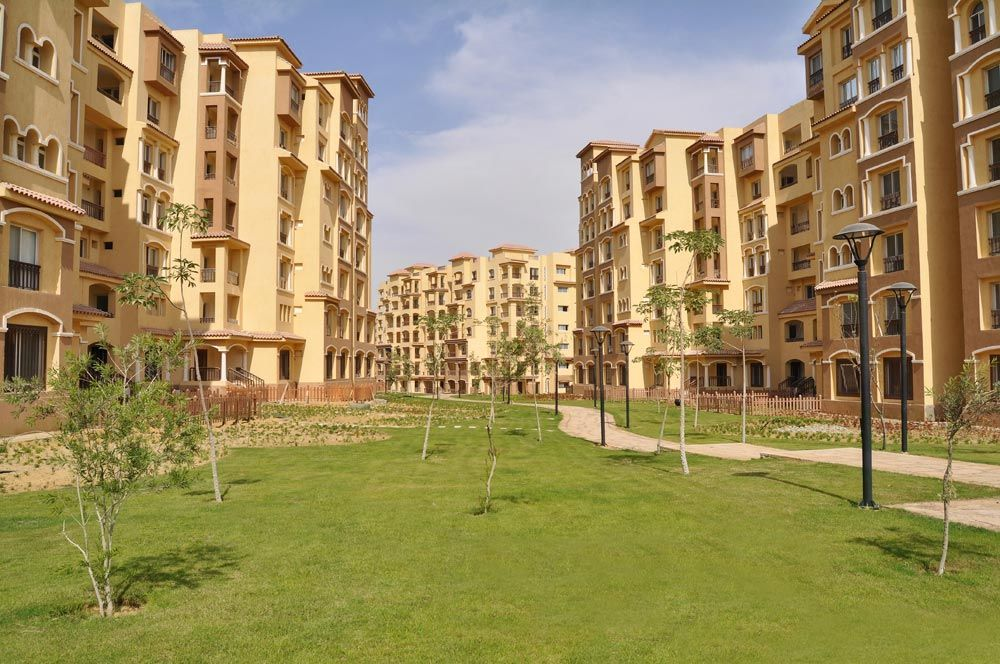 عقار ستوك شاليه للبيع في كمبوند مدينتي الشروق بمساحة 107 م Apartments For Sale Leaning Tower Of Pisa Apartment